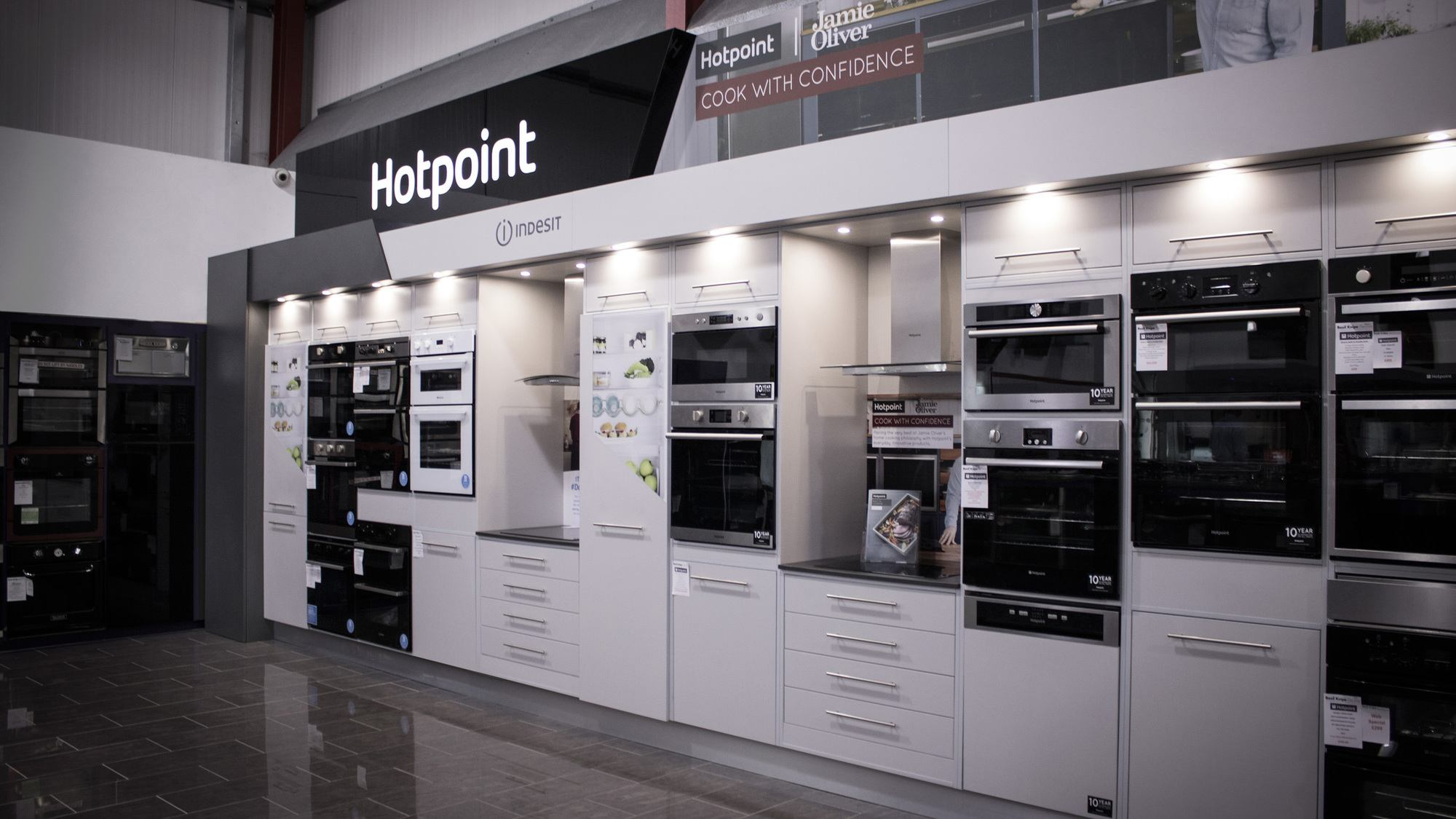 fit out retail Hotpoint